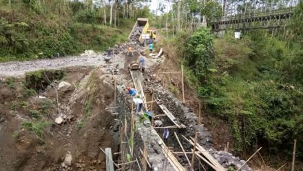 Mulai Tahun 2018 Kontraktor Dilarang Kerjakan Proyek Dana Desa