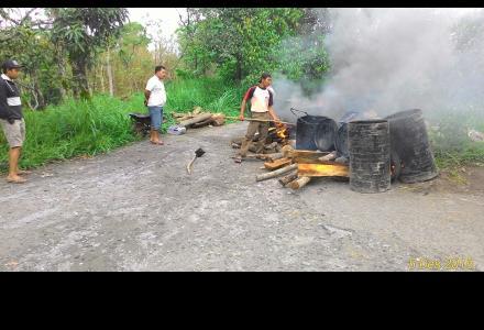 Pengaspalan jalan Kaligompyong 2015